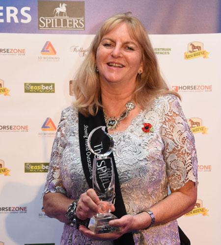 Outstanding Achievement Award Nicolina MacKenzie
