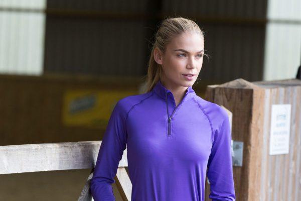 Isabella-Training-Shirt-Lifestyle