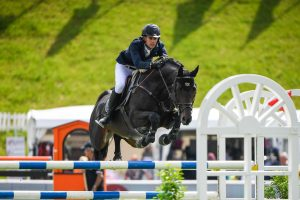 Sam Hutton Showjumper